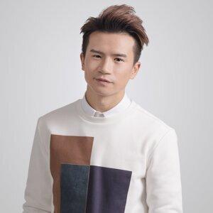 梁釗峰 (Leung Chiu Fung)