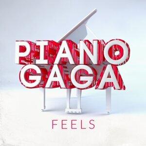 Piano Gaga