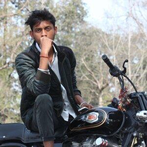 Hz Singh & Dark Amox 歌手頭像