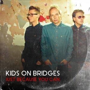Kids On Bridges 歌手頭像