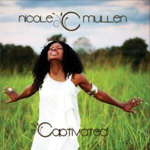 Nicole C. Mullen 歌手頭像