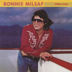 Ronnie Milsap (朗尼米爾塞)