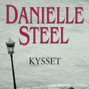 Danielle Steel 歌手頭像
