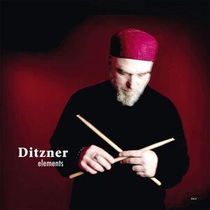 Ditzner 歌手頭像