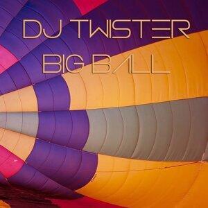 DJ Twister 歌手頭像