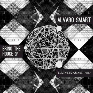 Alvaro Smart