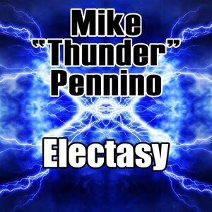 "Mike ""Thunder"" Pennino 歌手頭像"