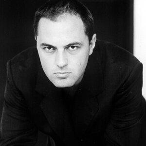 Bogdan Bradu 歌手頭像
