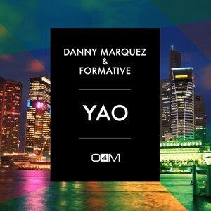 Danny Marquez, Formative 歌手頭像