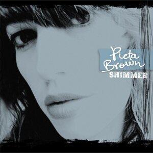Pieta Brown 歌手頭像