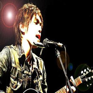 yoshihiro 歌手頭像