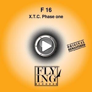 F 16 歌手頭像
