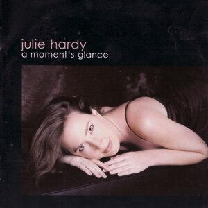 Julie Hardy 歌手頭像