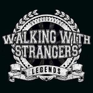 Walking With Strangers 歌手頭像