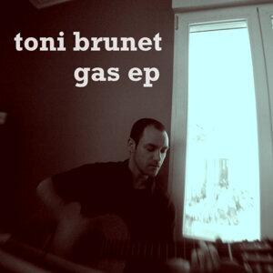 Toni Brunet 歌手頭像