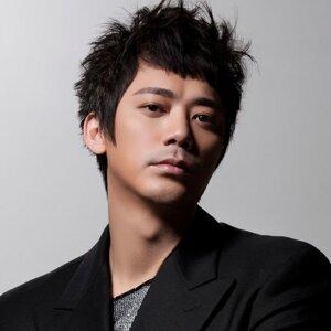 信 (Shin) 歌手頭像