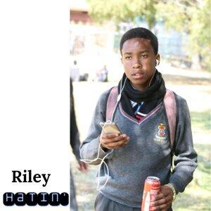 Riley 歌手頭像