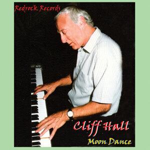Cliff Hall 歌手頭像