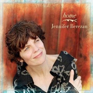 Jennifer Berezan 歌手頭像