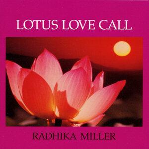 Radhika Miller 歌手頭像