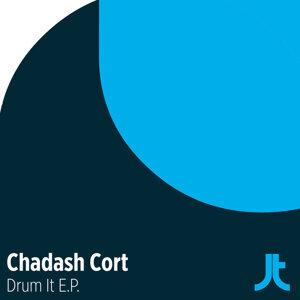 Chadash Cort