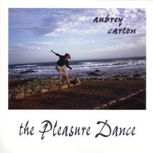 Aubrey Carton 歌手頭像