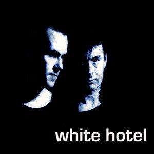 White Hotel 歌手頭像