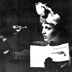 Judy Holliday 歌手頭像