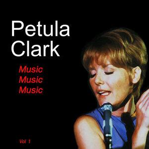 Petula Clack 歌手頭像