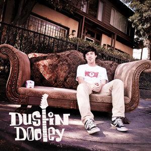 Dustin Dooley 歌手頭像
