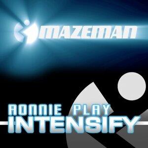 Ronnie Play