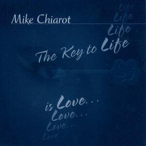 Mike Chiarot 歌手頭像