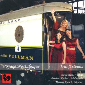 Trio Artemis 歌手頭像