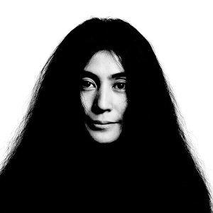 Yoko Ono (小野洋子)