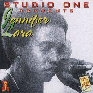 Jennifer Lara