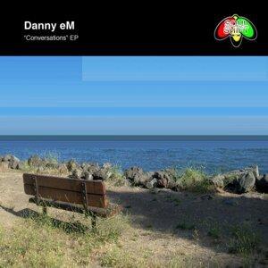Danny eM 歌手頭像