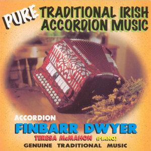 Finbarr Dwyer 歌手頭像
