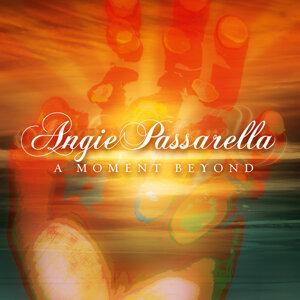 Angie Passarella 歌手頭像