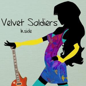 Velvet Soldiers 歌手頭像