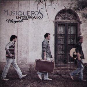 Los Musiqueros Enterrianos 歌手頭像