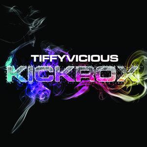 TiffyVicious 歌手頭像
