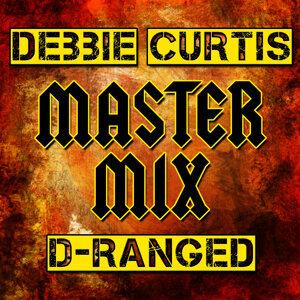 Debbie Curtis | D-Ranged 歌手頭像