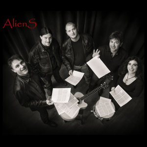 AlienS 歌手頭像