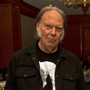 Neil Young (尼爾楊)