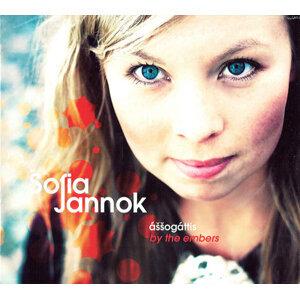 Sofia Jannok 歌手頭像