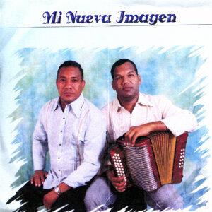 Carlos Narvaez y Manuel Quesada 歌手頭像