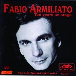 Fabio Armiliato 歌手頭像