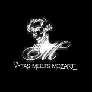 "V. Brenner, R. Tuschka, Felipe ""Mandingo"" Rengifo, Chichi Rengifo, J. Kamenraska, W.A. Mozart 歌手頭像"