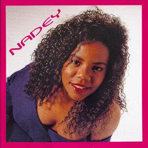 Nadey 歌手頭像