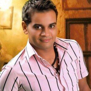 Ali Farouk 歌手頭像